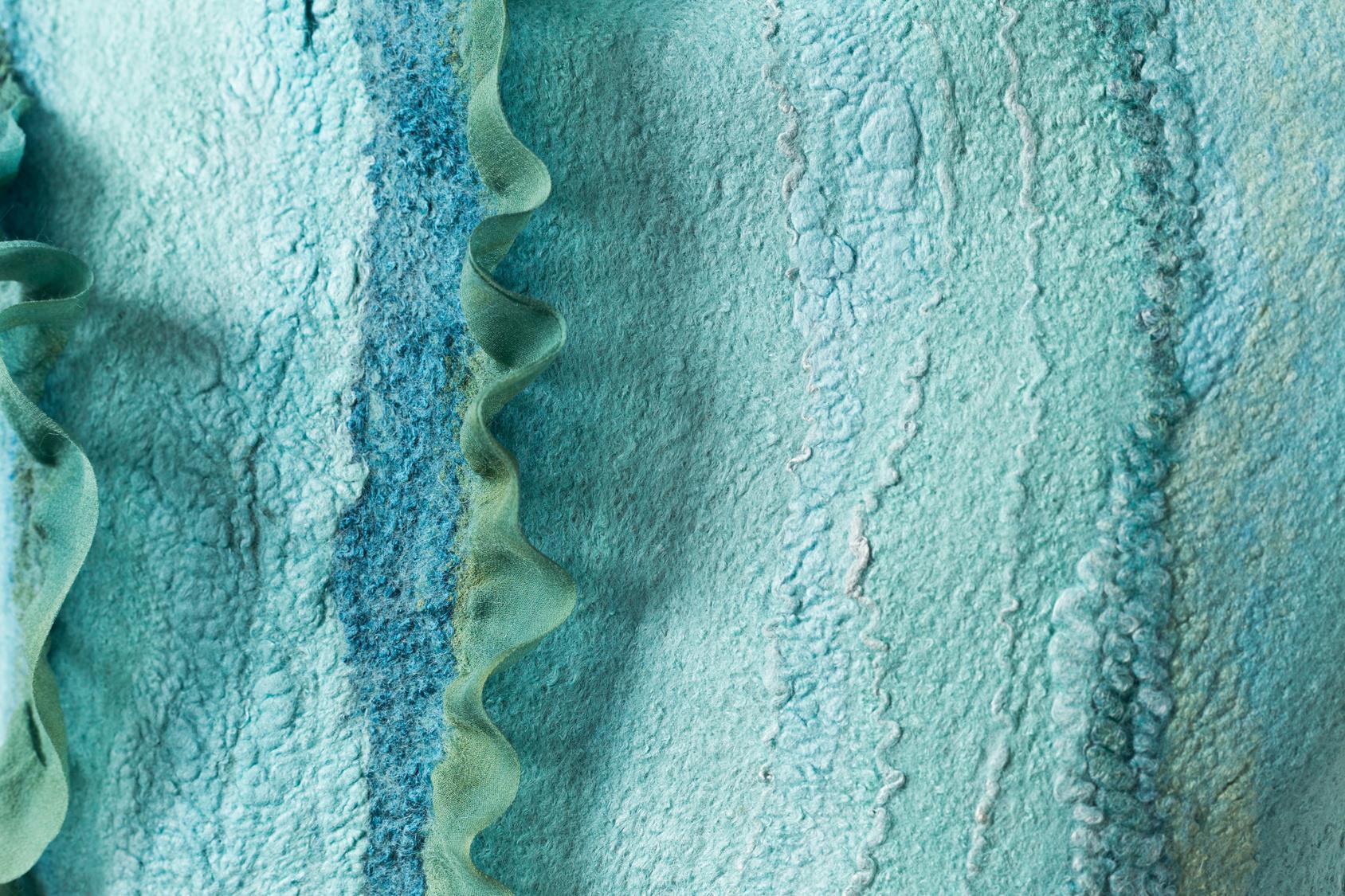 השוואת משי טוסה, משי מולברי וויסקוזה. יתרונותיו וחסרונותיו של כל אחד מהחומרים, מקרי שימוש